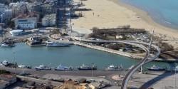 Immagini dall'alto della GdF che mostrano città deserte